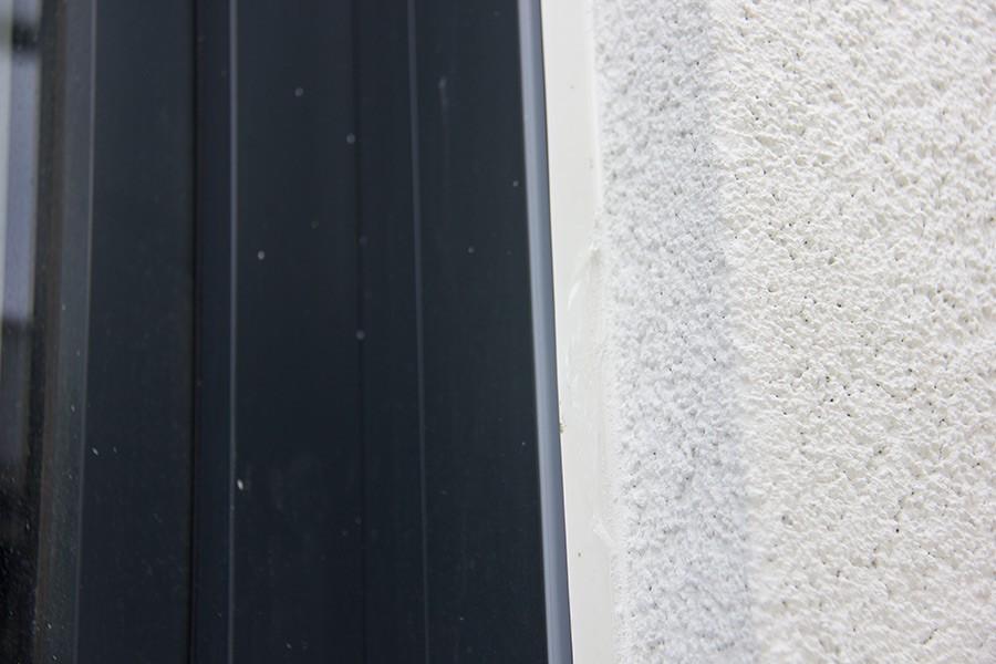 Perfekte Anschlussarbeiten sind beim Vollwärmeschutz und beim Außenputz essentiell wichtig!